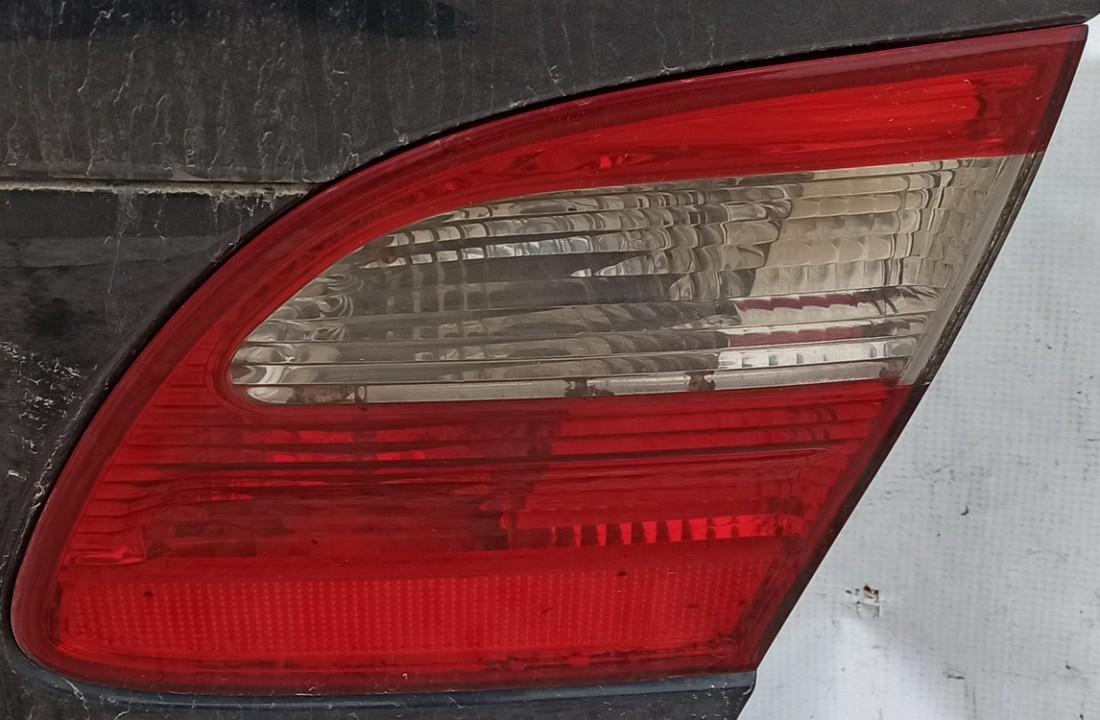 Galinio Dangcio zibintas G.D. (kapoto) Mercedes-Benz E-CLASS 2004    2.2 Melyna