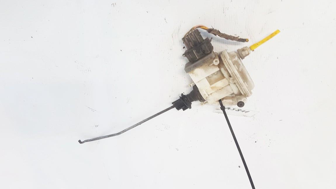 Duru uzrakto vakuumine pompele Volkswagen Passat 1996    1.9 3A0862153B