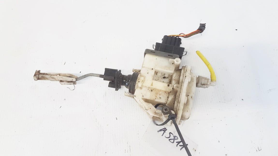 Central Locking Pump Volkswagen Passat 1996    1.9 3A00862153B