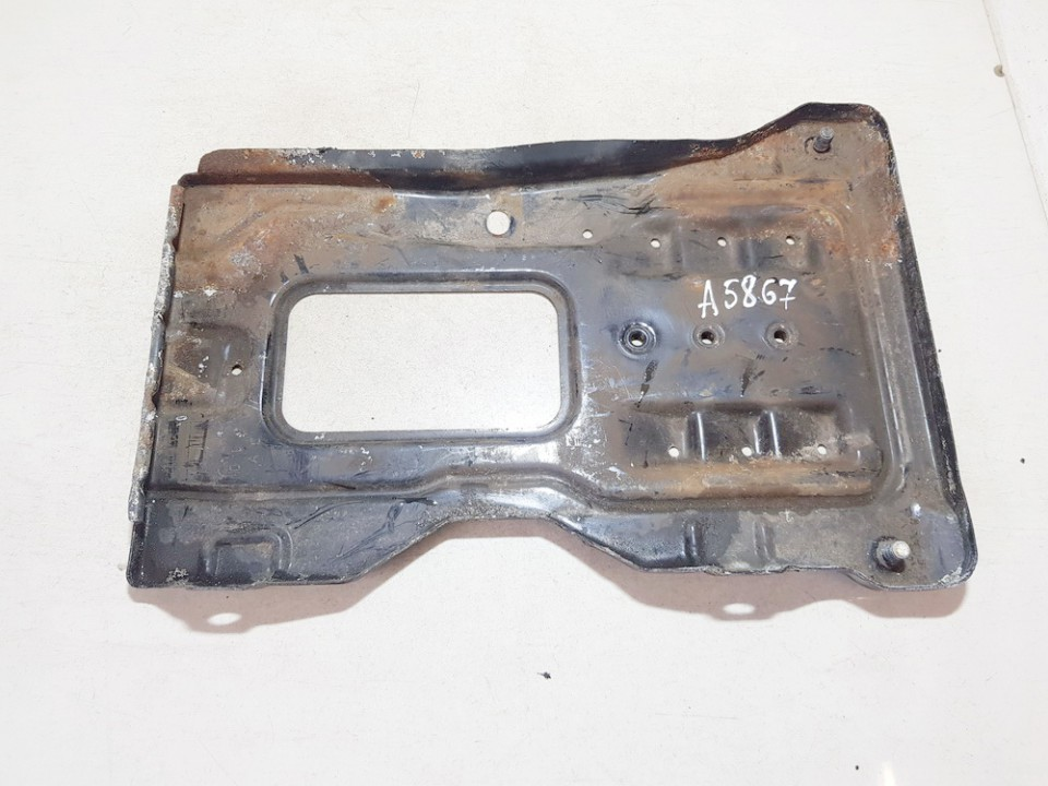 Battery Hold Down Mercedes-Benz C-CLASS 2003    1.8 used