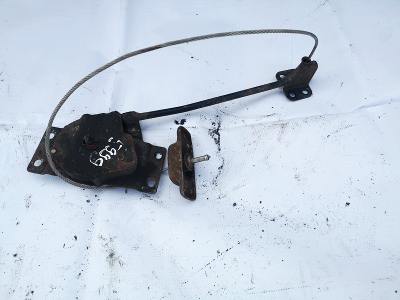 Spare Tire Wheel Mount Kia Carens 2006    2.0 used