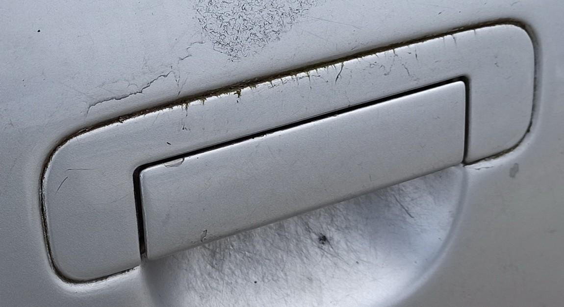 Duru isorine rankenele G.D. Audi A6 1995    2.5 Pilka