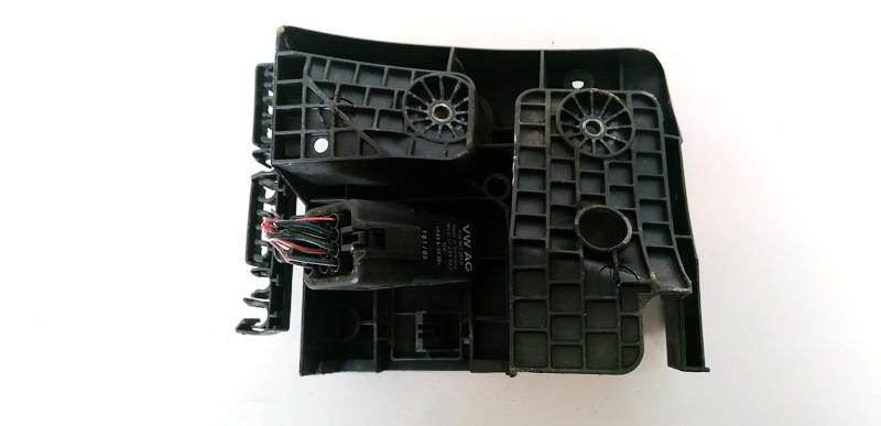 Glow plug relay Audi A3 2007    2.0 038907281D