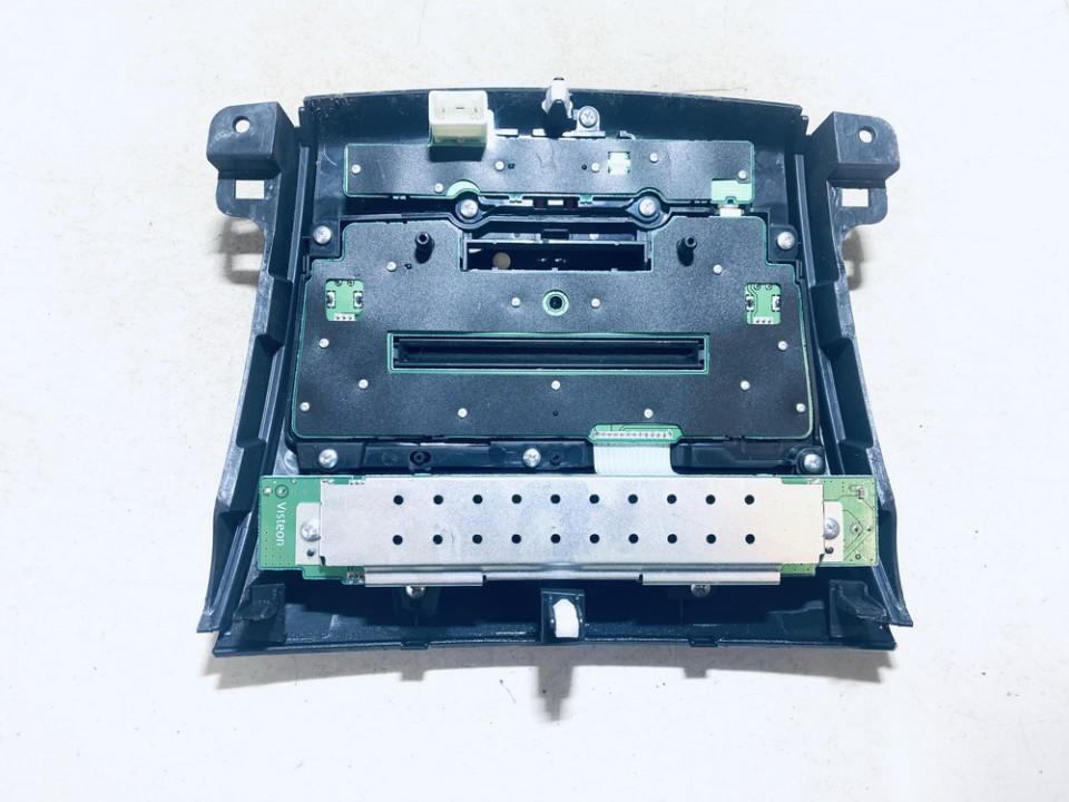 Automagnetolos valdymo konsole Mitsubishi Outlander 2008    2.0 8002a538xa