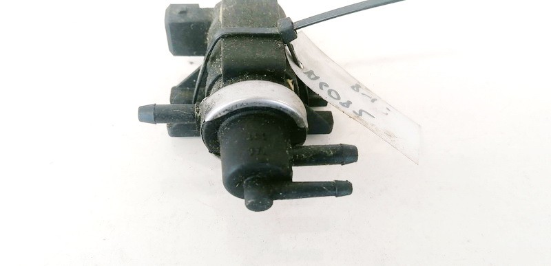 Selenoidas (Elektromagnetinis selenoidas) Audi A4 1996    1.9 1H0906627