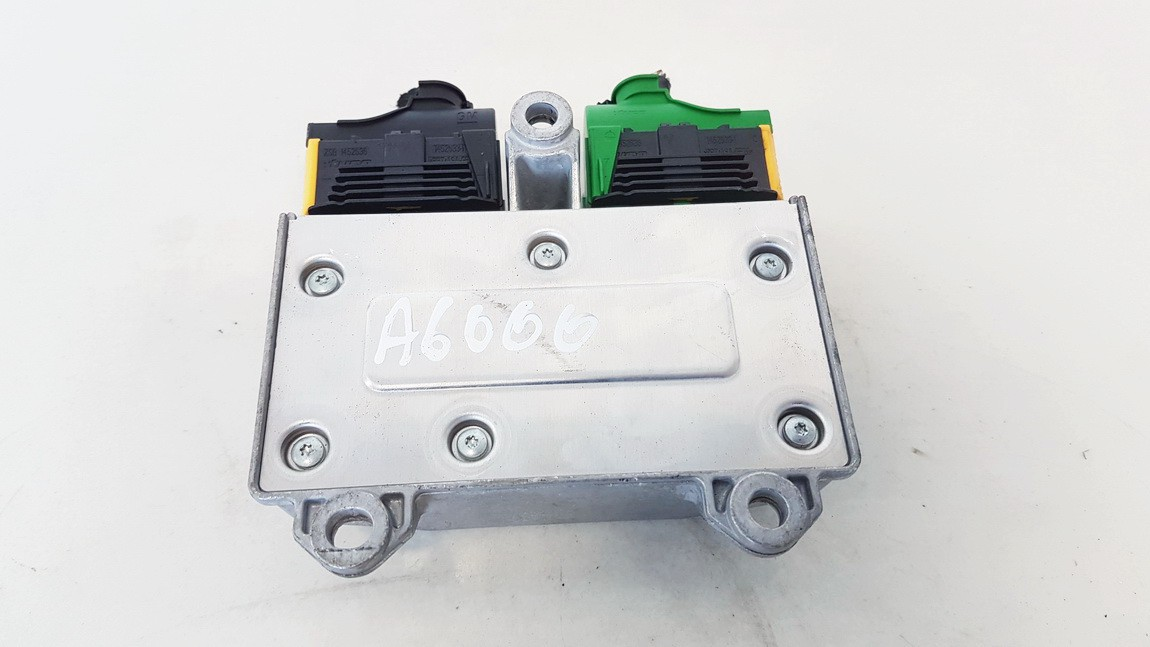 Airbag crash sensors module Opel Zafira 2006    1.6 13246046