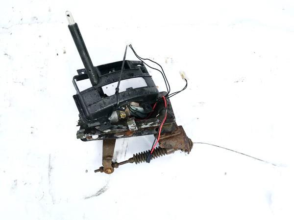 Begiu perjungimo kulisa automatine Subaru Outback 1999    2.5 used