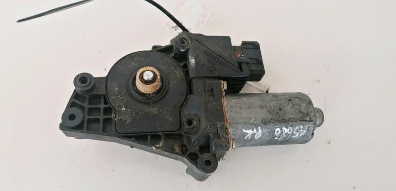 Duru lango pakelejo varikliukas P.K. Peugeot 406 2000    2.0 0130821674