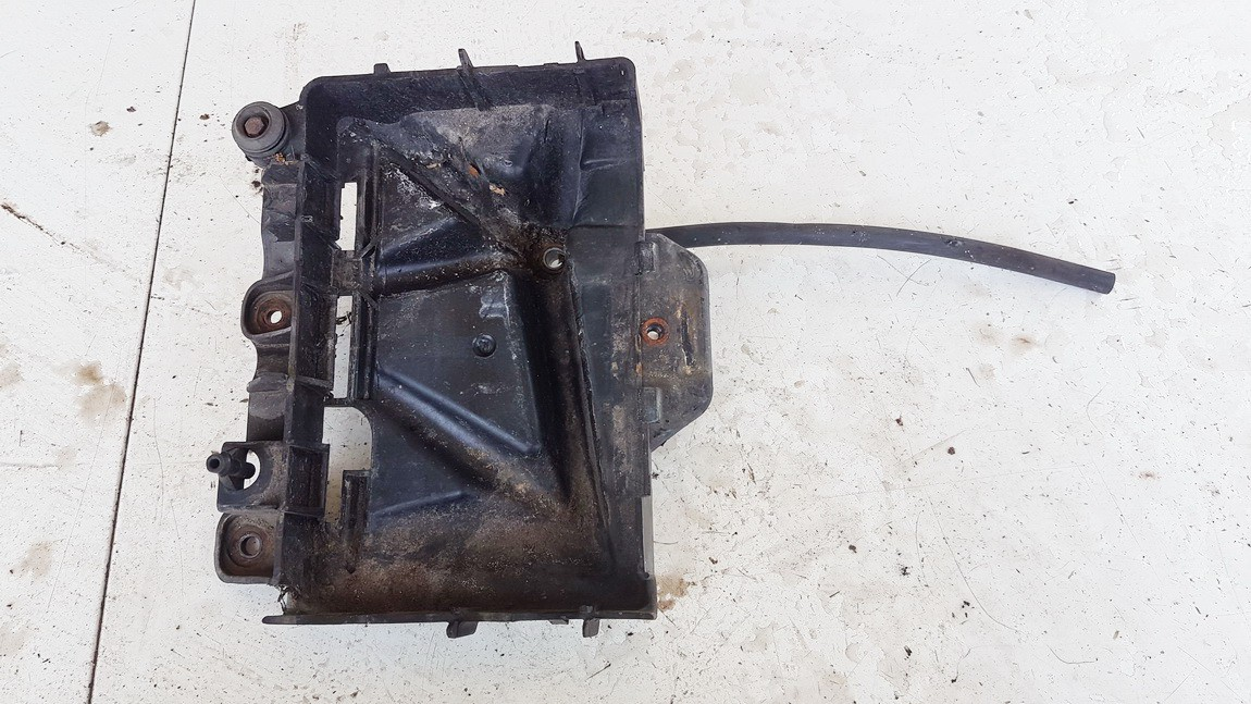 Battery Boxes - Trays Volkswagen Fox 2009    1.2 USED