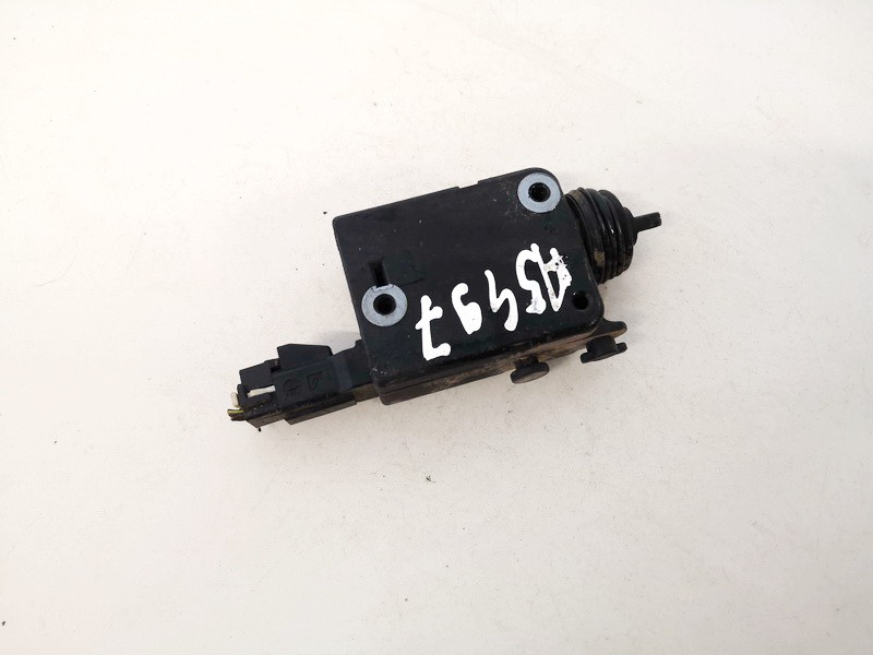 Central locking motor Volkswagen Golf 1995    1.9 90460062