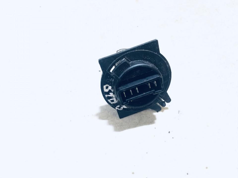 Peciuko reostatas (ezys) (ventiliatoriaus rele) Citroen Berlingo 1997    1.9 848309a