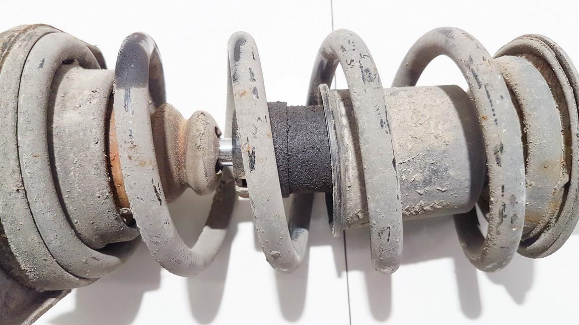 Amortizatorius G.K. Volkswagen Passat 1998    1.8 556281