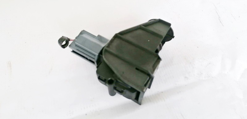 Kuro bako dangtelio varikliukas (uzrakto varikliukas) Ford S-Max 2006    1.8 6M21220A20AC