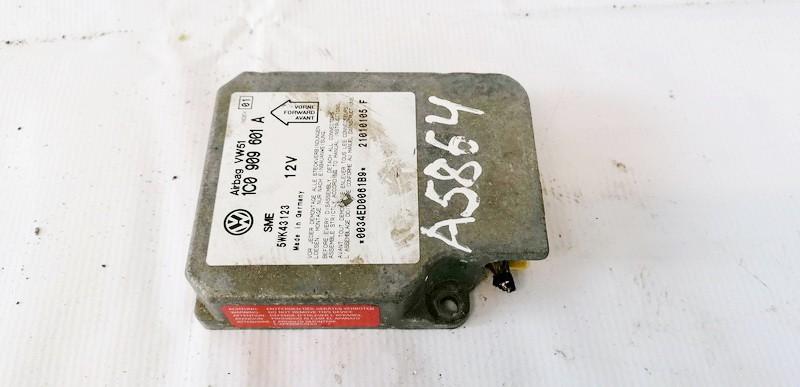 Airbag crash sensors module Volkswagen Passat 2001    2.5 1C0909601A