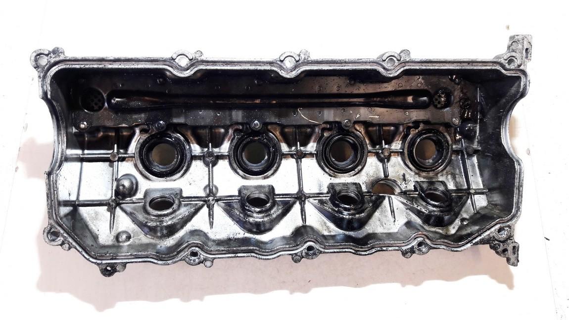 Voztuvu dangtelis Toyota Avensis 2005    2.0 USED