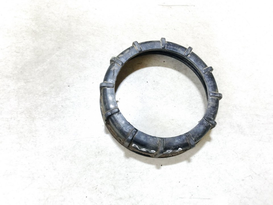Fuel Pump Locking Seal Cover O Ring Nissan X-Trail 2005    2.2 used