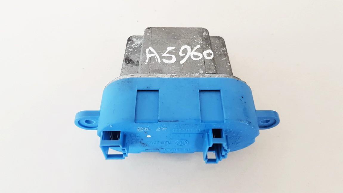 Peciuko reostatas (ezys) (ventiliatoriaus rele) Porsche Cayenne 2003    4.5 7L0907521