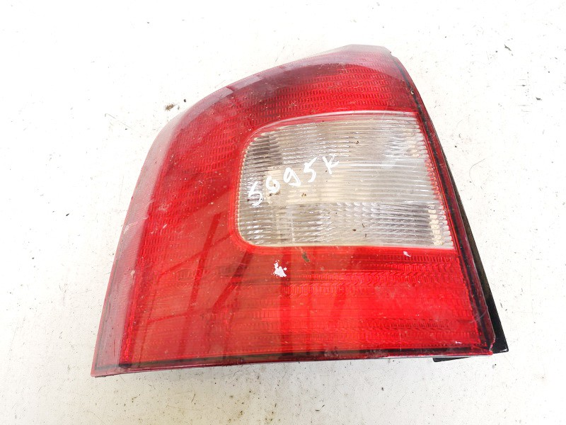 Galinis Zibintas G.K. Skoda Octavia 2008    1.9 1z9945095a