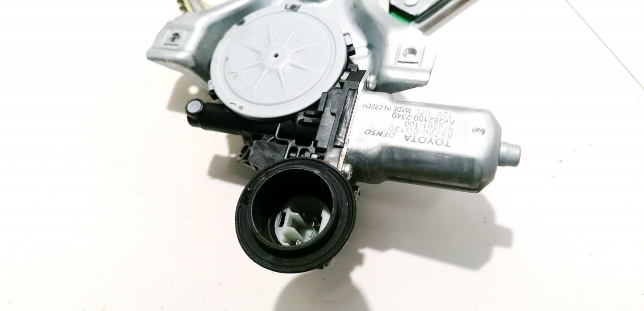 Duru lango pakelejo varikliukas P.K. Toyota Yaris 2009    1.3 857200D120