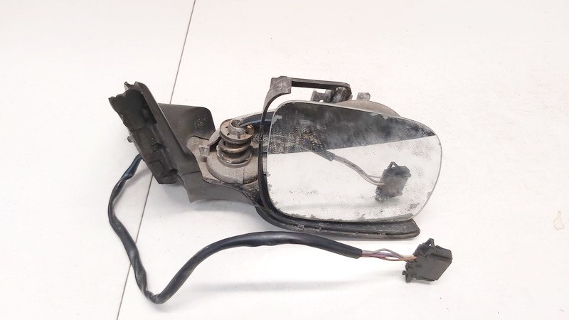 Duru veidrodelio stikliukas P.K. (priekinis kairys) Volkswagen Passat 1998    1.9 3B0857934