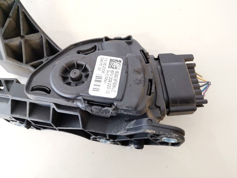 Accelerator throttle pedal (potentiometer) Ford S-Max 2006    1.8 6g929f836lc