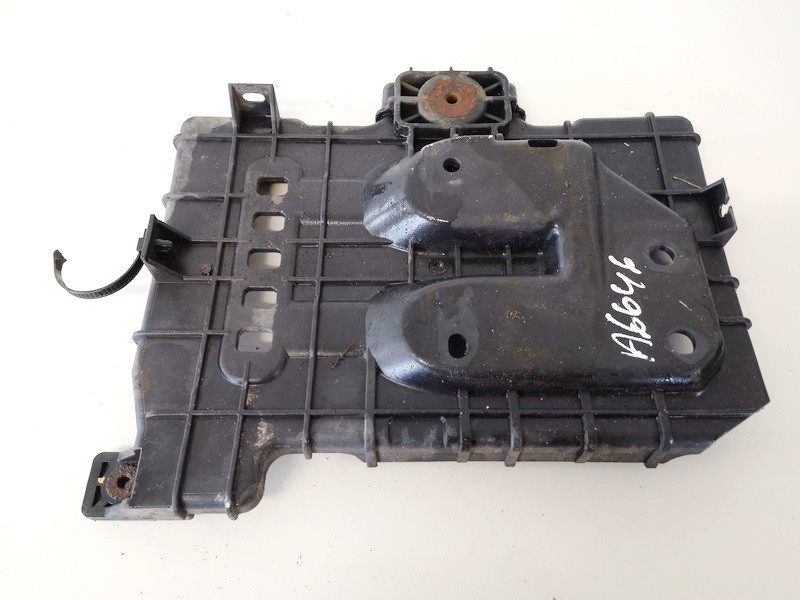 Battery Boxes - Trays Kia Ceed 2010    1.6 371501h500