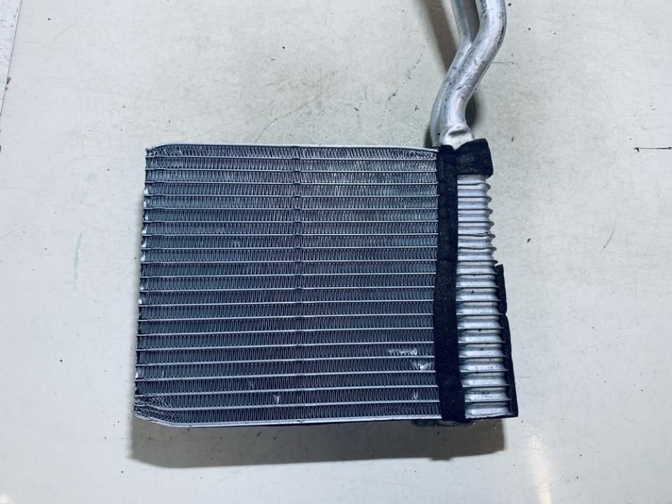 Salono peciuko radiatorius Ford Mondeo 2008    1.8 used