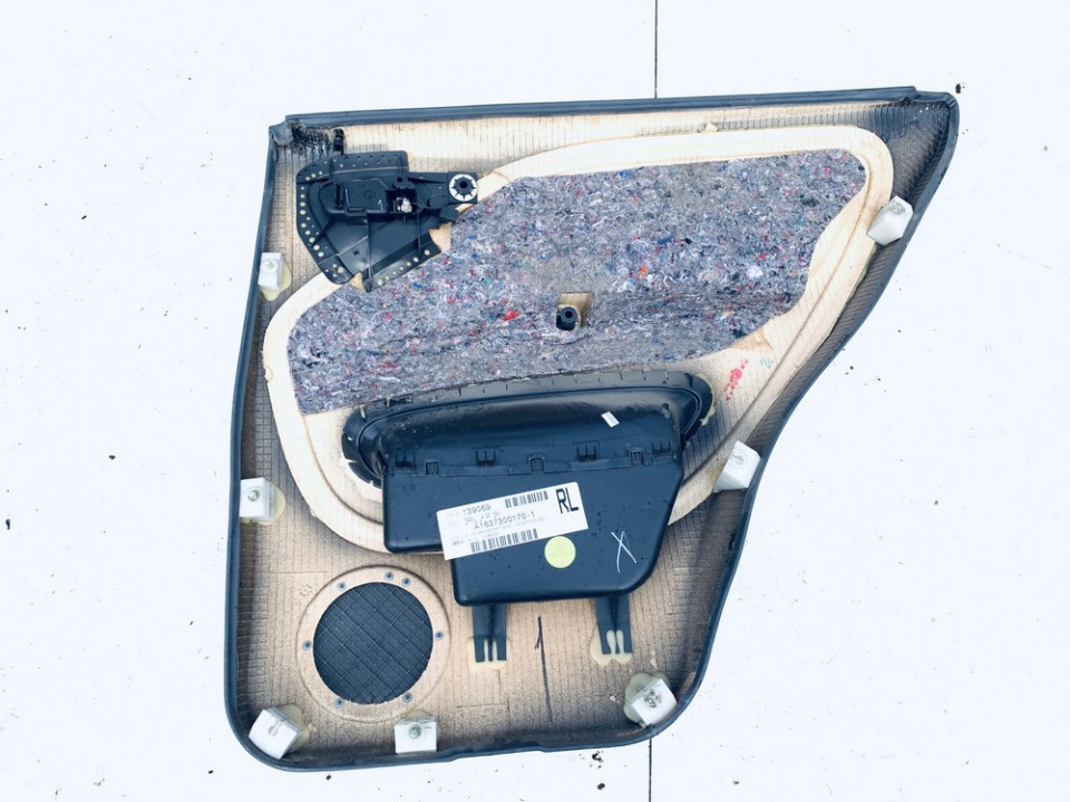 Duru apmusimas (apdaila-absifkes)  G.K. Mercedes-Benz ML-CLASS 1999    3.2 a1637300170