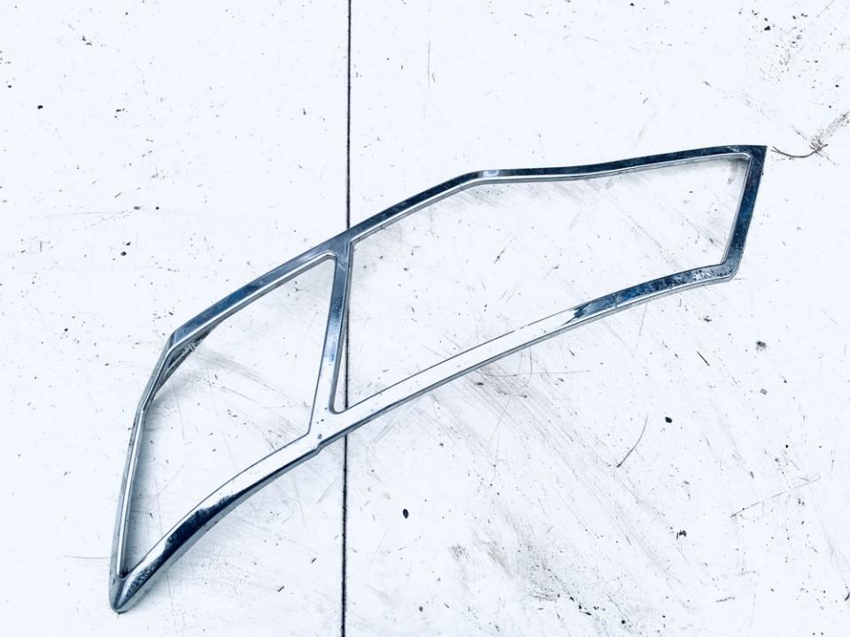 Juostele po zibintu P.K Mitsubishi Outlander 2008    2.0 m1sc2493