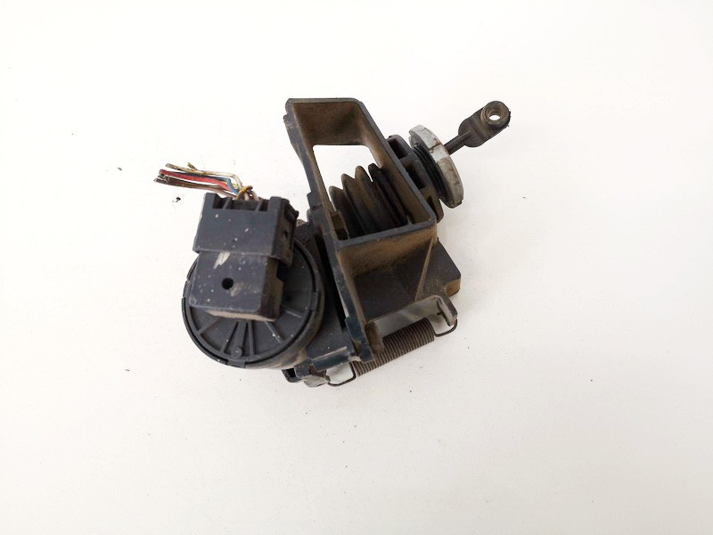 Elektrinis greicio pedalas Volkswagen LT 1999    2.5 9013011640