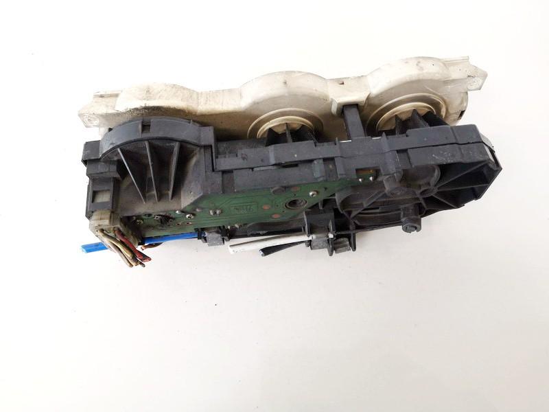 Peciuko valdymas Volkswagen LT 1999    2.5 122489582000
