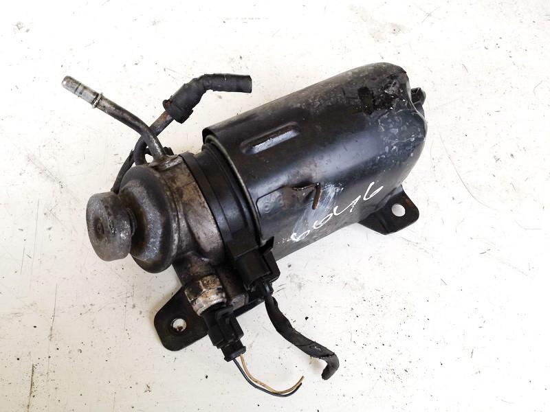 Fuel filter Kia Ceed 2010    1.6 used