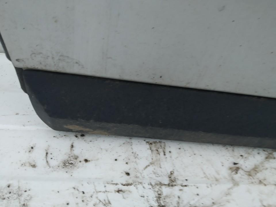 Molding door - front left side Volvo V50 2004    2.0 used