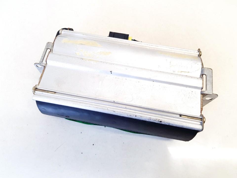 Salono paneles oro pagalve SRS Audi A6 1997    1.8 4b1880204a
