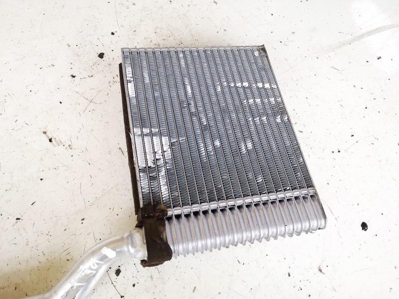 Salono peciuko radiatorius Ford S-Max 2006    1.8 used