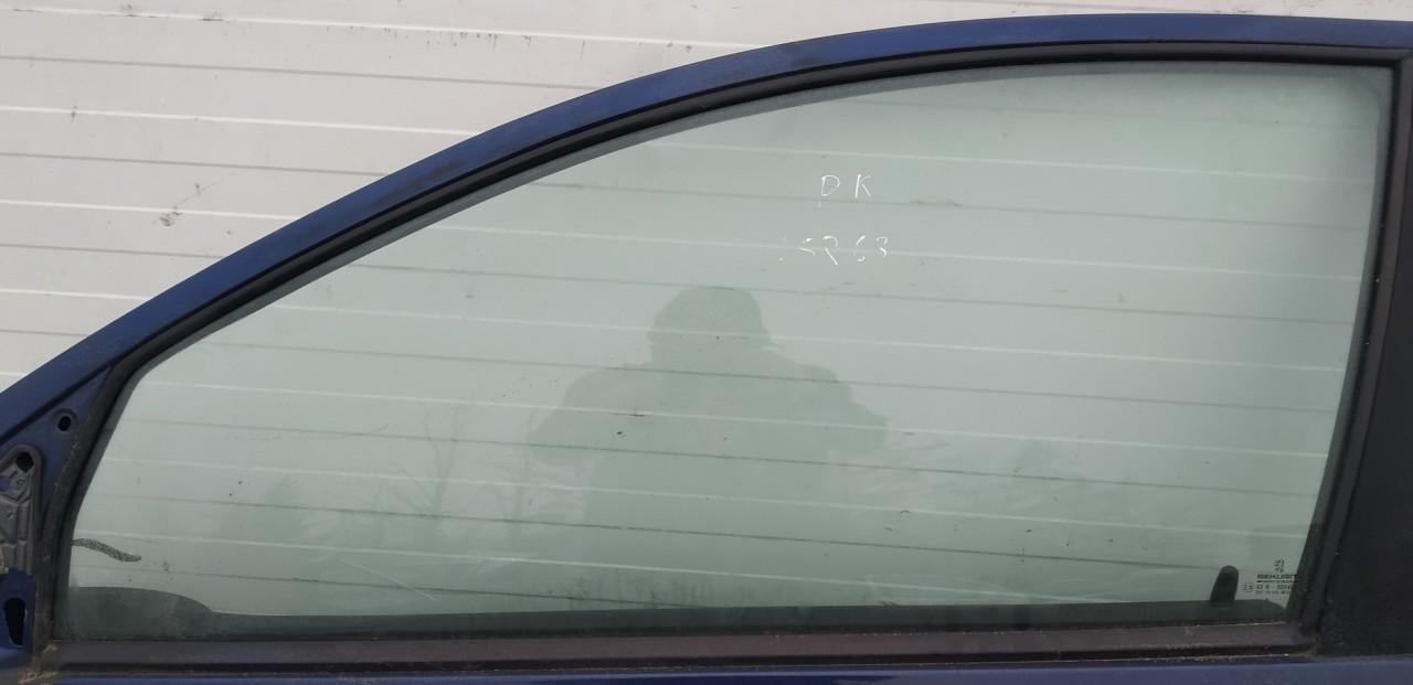Duru stiklas P.K. Peugeot 206 1999    1.4 used