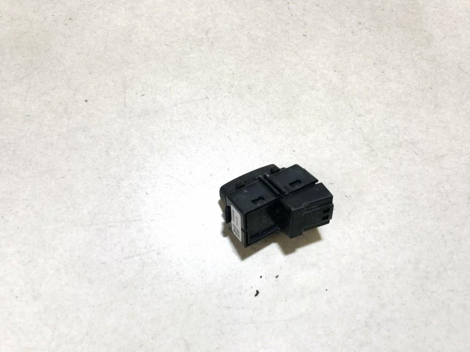 Door central locking lock switch control (DOOR LOCK SWITCH) Volvo S60 2012    1.6 31318990