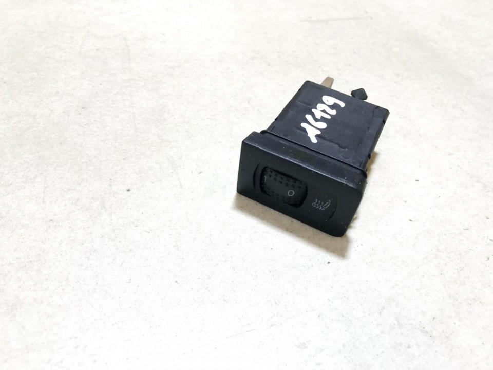 Sedyniu sildymo mygtukas Volkswagen Golf 2001    1.9 1j0963564b