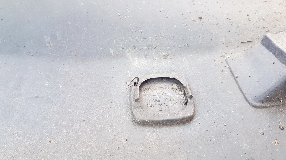 Traukimo kilpos dangtelis (kablio uzdengimas) G. Lexus IS - CLASS 2006    2.0 USED
