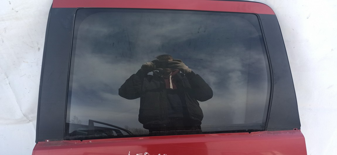 Duru stiklas G.K. Mitsubishi Outlander 2008    2.0 Raudona