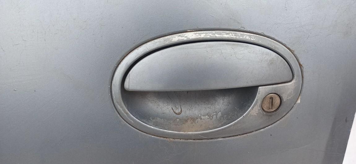 Duru isorine rankenele P.K. Opel Corsa 1999    1.0 Sidabrine