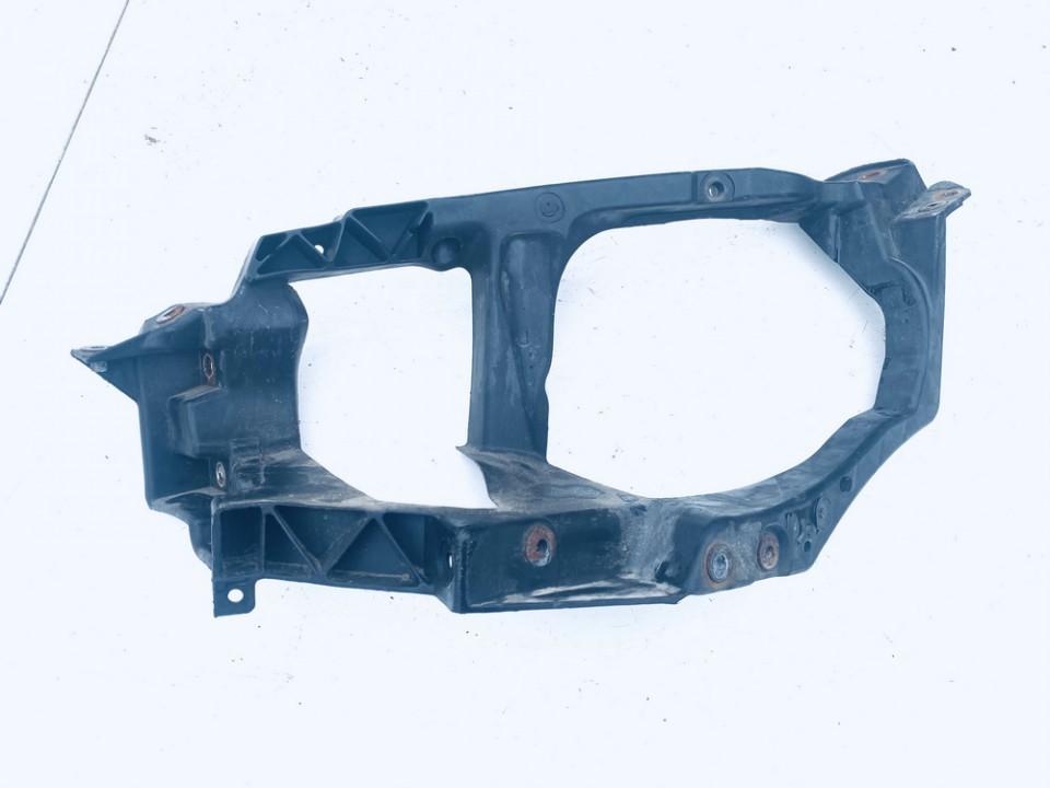 Priekinio zibinto laikiklis P.K. Mitsubishi Colt 2005    1.3 mb8101a