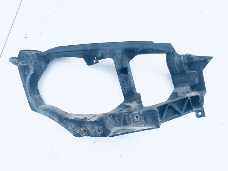 Priekinio zibinto laikiklis P.D. Mitsubishi Colt 2005    1.3 mn105060