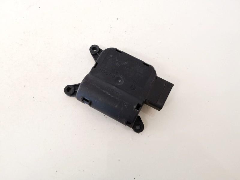Heater Vent Flap Control Actuator Motor Audi A4 2005    2.0 8e2820511