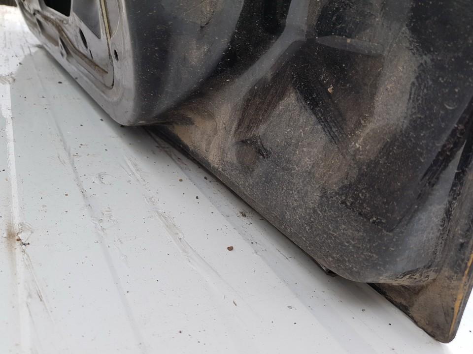 Durys P.D. Citroen C5 2003    1.8 juoda