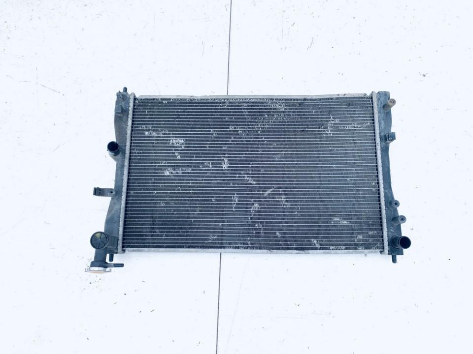 Vandens radiatorius (ausinimo radiatorius) Mitsubishi Colt 2005    1.3 used