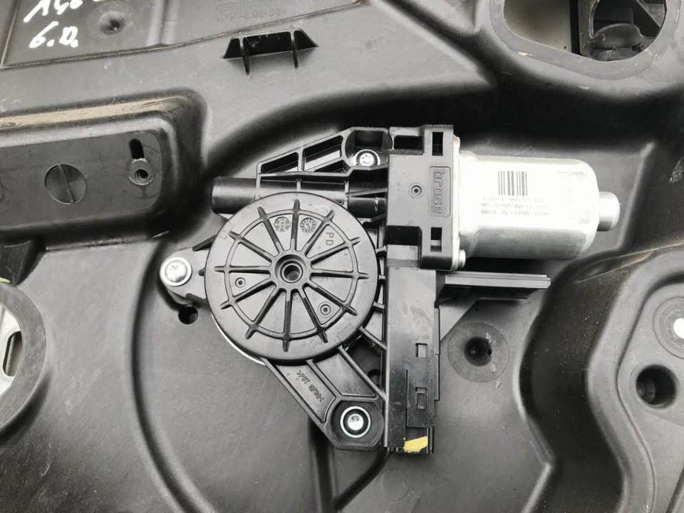 Duru lango pakelejo varikliukas G.D. Volvo S60 2012    1.6 966265102