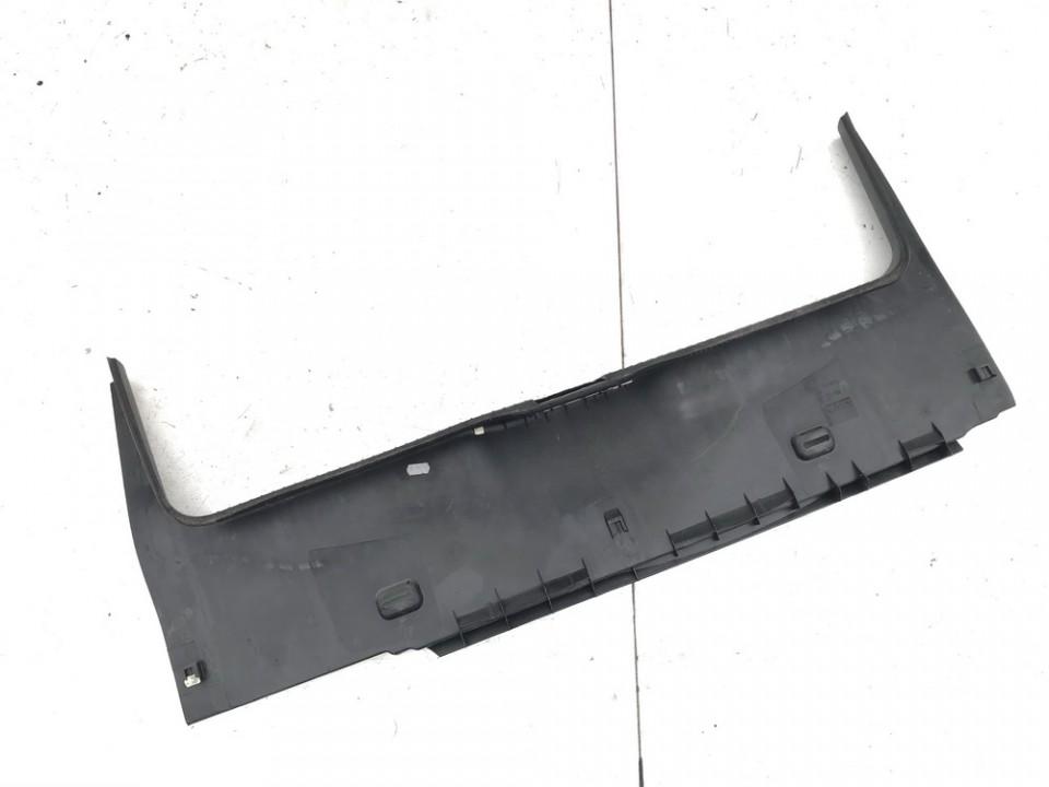 Bagazines vidine apdaila prie spynos Volkswagen Golf 2001    1.9 1j6863459c