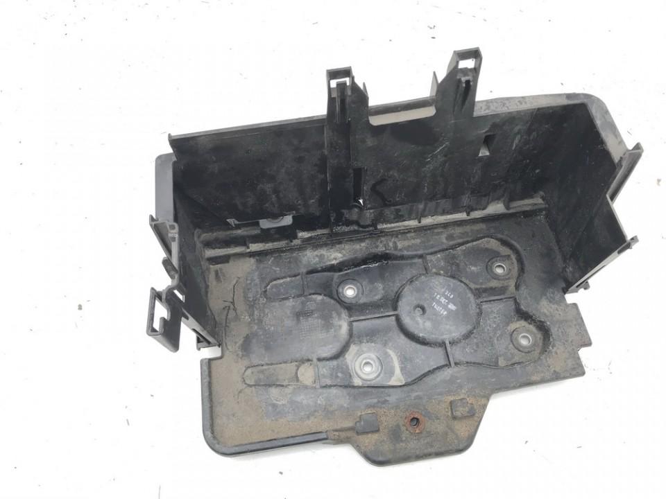 Battery Boxes - Trays Volkswagen Golf 2001    1.9 1j0915333b