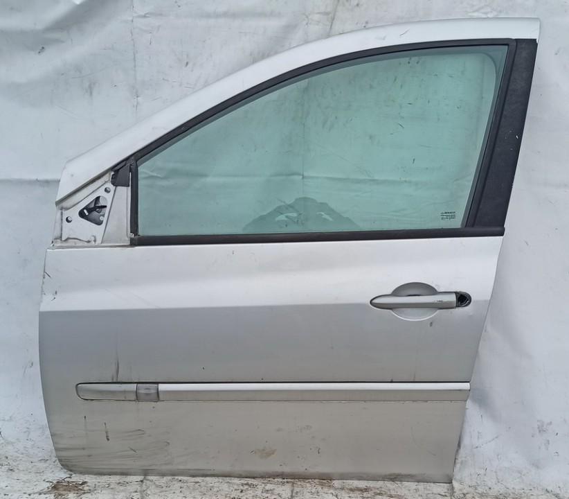 Durys P.K. Renault Clio 2010    1.2 sidabrine